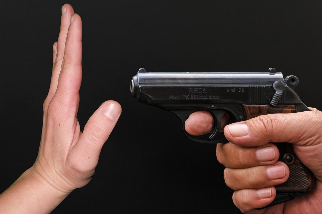 Maksud Mimpi Pistol Senjata Api